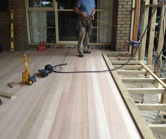 Deck-builder-Grand-Rapids