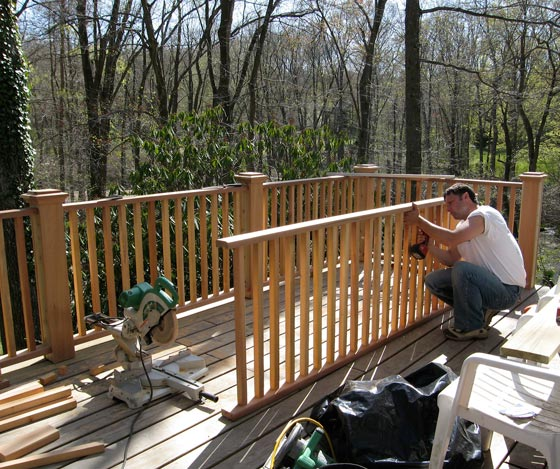 detached-deck-grand-rapids
